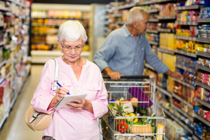 5-tips-how-seniors-can-be-smart-shoppers